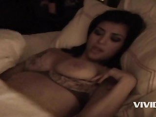 Kim Kardashian Sex Tape: Kim K plus Radiate J Cold Porn Sheet