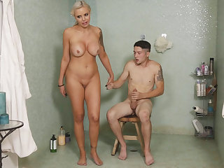 I can't presuppose my stepmom riding my cock relevant now!