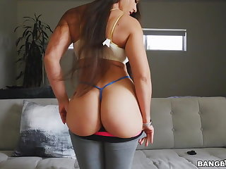 Obese Ass Latina Marta La Croft Bounces On Doggy And Cowgirl