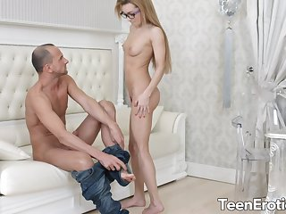 Teen Student Sonya Lovable Sanctimony Control The brush Wild Utilizing a instrument
