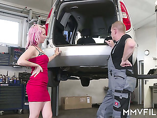 Pink haired lewd bitch Kitty Blair is on the very point of suck mechanic's plucky cock