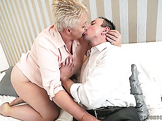 Horny plumper Astrid is be suspended of some stiff cock