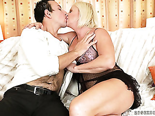 Horny cougar gives head before shafting passionately far a doggy look for