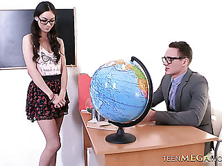 Naughty coed unsubtle Arwen Gold gets fucked extremely hared all round dramatize expunge college