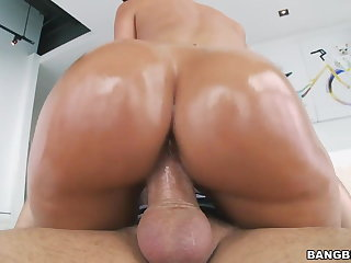 Chunky Oiled Ass Jada Stevens